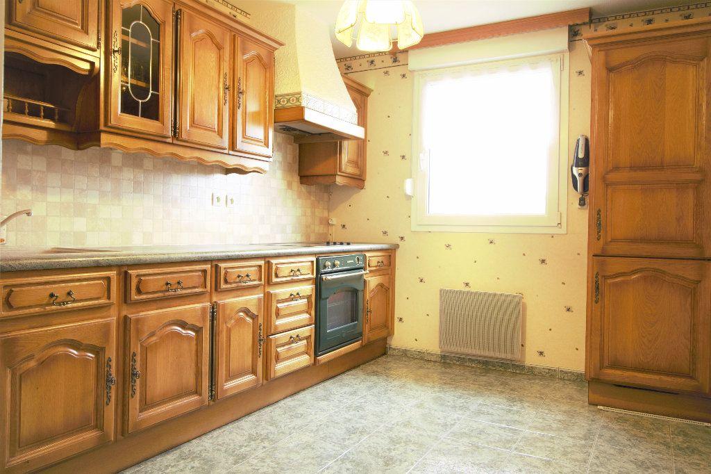 Appartement à vendre 4 79m2 à Herrlisheim vignette-4