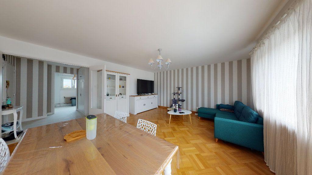 Appartement à vendre 3 89.24m2 à Strasbourg vignette-1