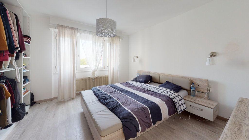 Appartement à vendre 3 89.24m2 à Strasbourg vignette-3