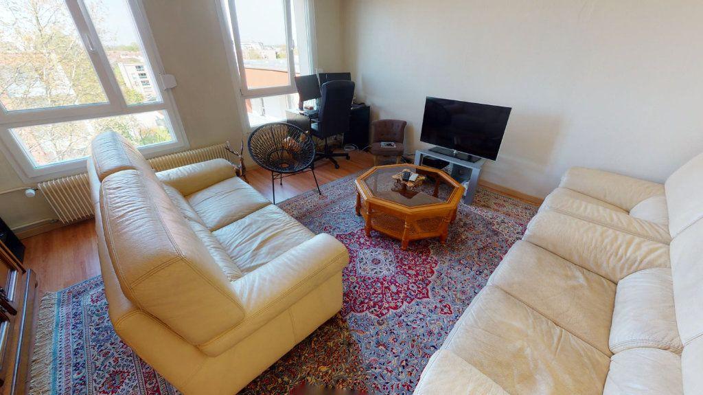 Appartement à vendre 3 74m2 à Strasbourg vignette-2