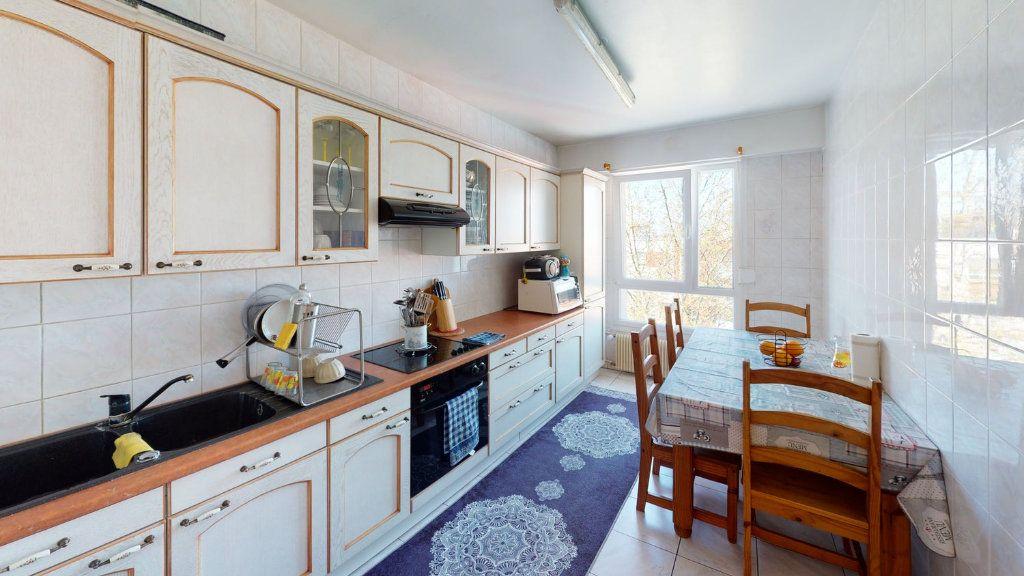Appartement à vendre 3 74m2 à Strasbourg vignette-3