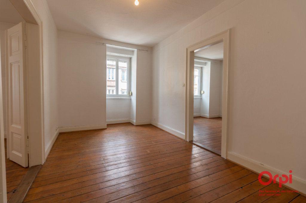 Appartement à vendre 4 157m2 à Strasbourg vignette-4