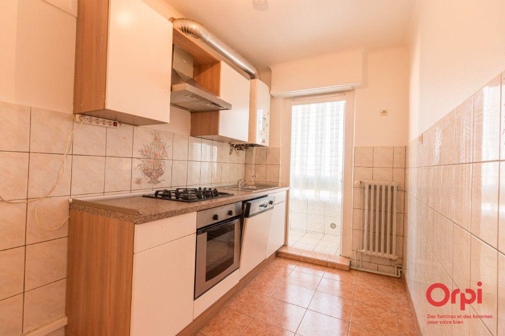 Appartement à louer 4 71m2 à Schiltigheim vignette-5
