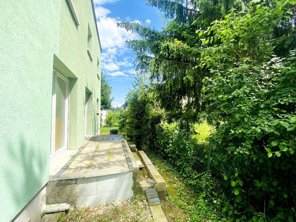Appartement à louer 4 80m2 à Hoenheim vignette-1