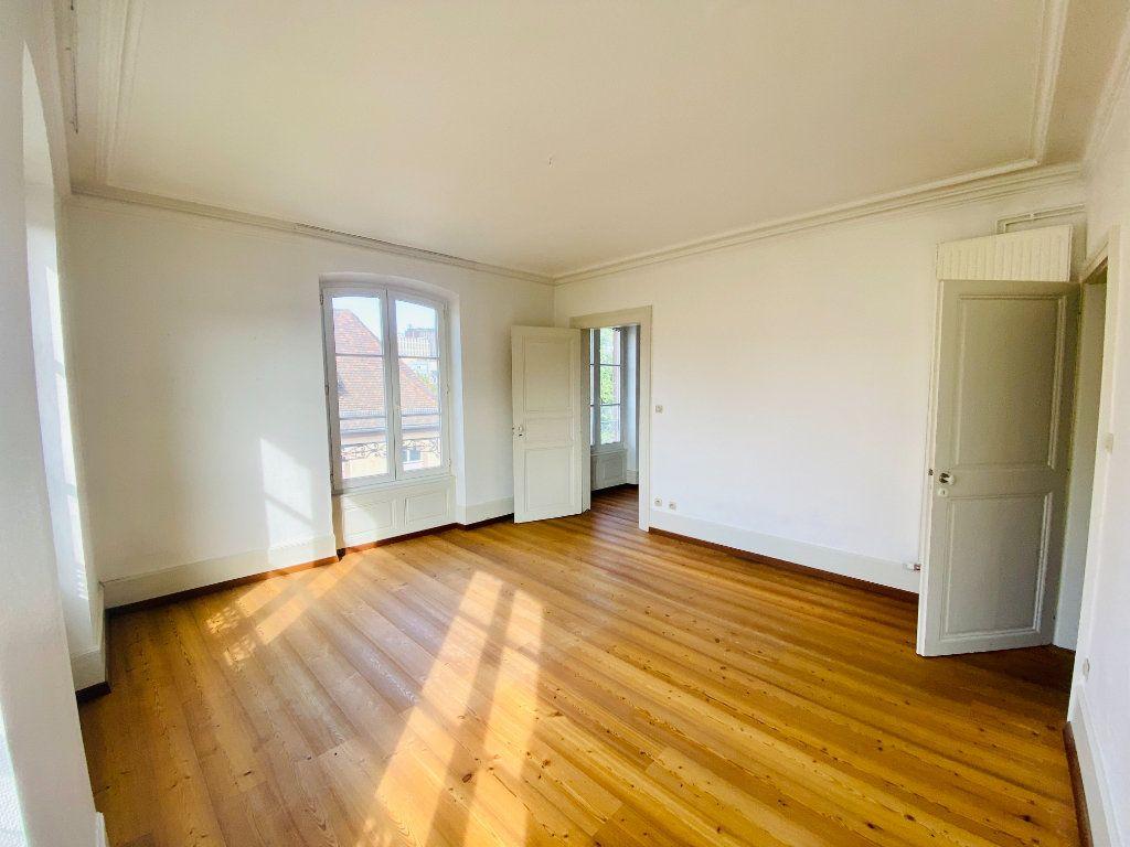 Appartement à louer 5 99m2 à Strasbourg vignette-1