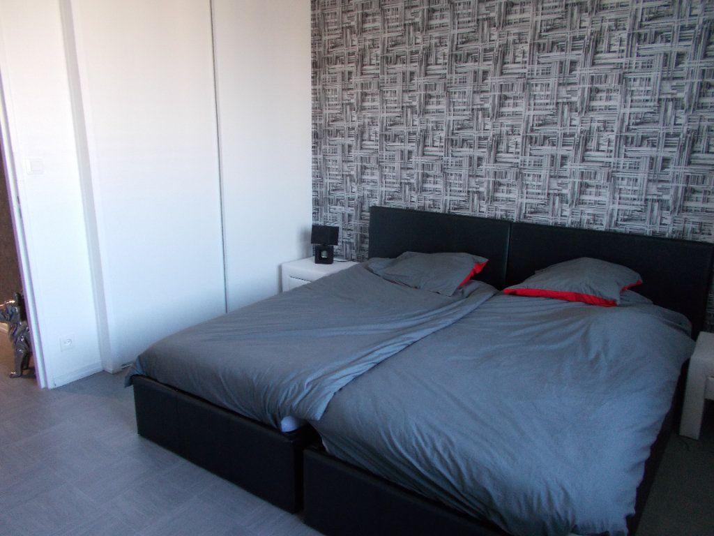 Appartement à louer 2 48m2 à Strasbourg vignette-4