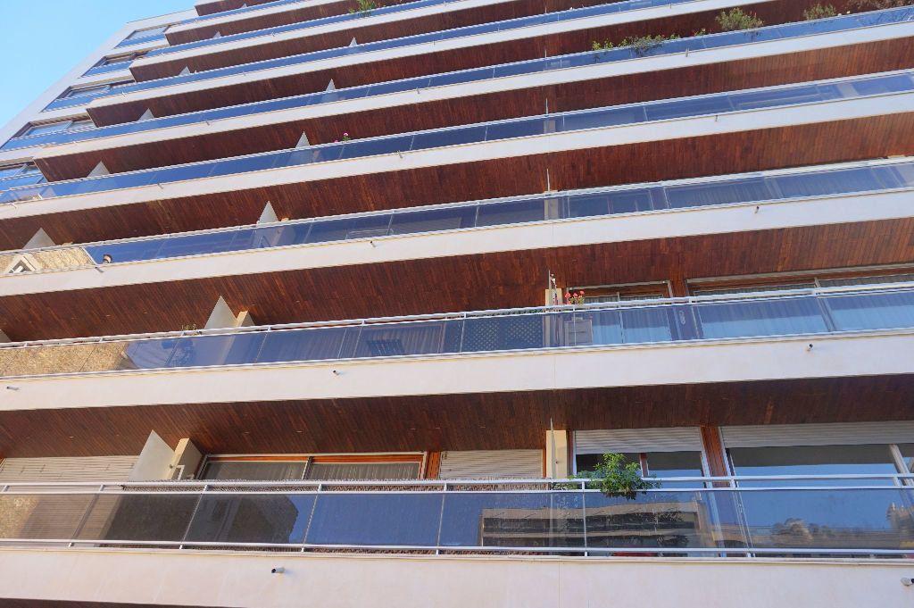 Appartement à louer 1 32.5m2 à Paris 15 vignette-9