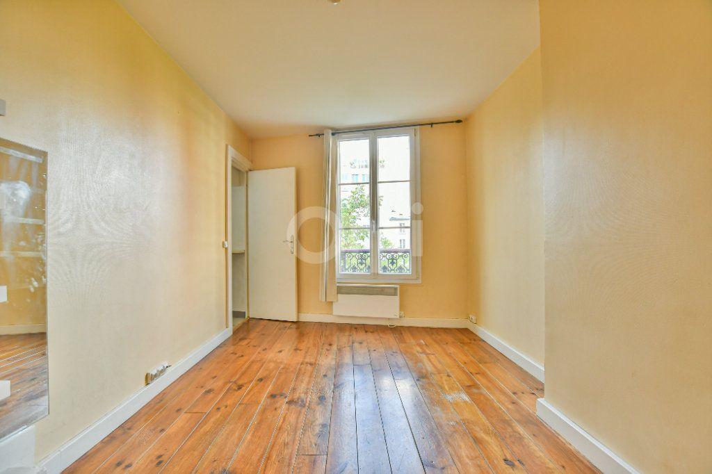 Appartement à louer 1 18m2 à Paris 15 vignette-3