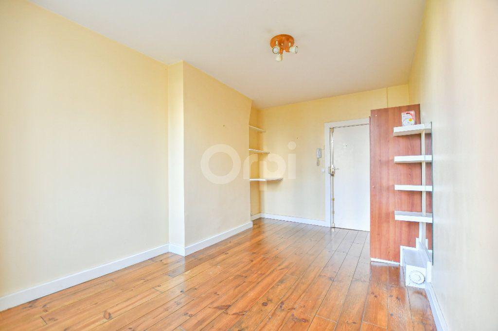 Appartement à louer 1 18m2 à Paris 15 vignette-7
