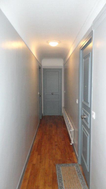 Appartement à louer 2 36m2 à Paris 15 vignette-10