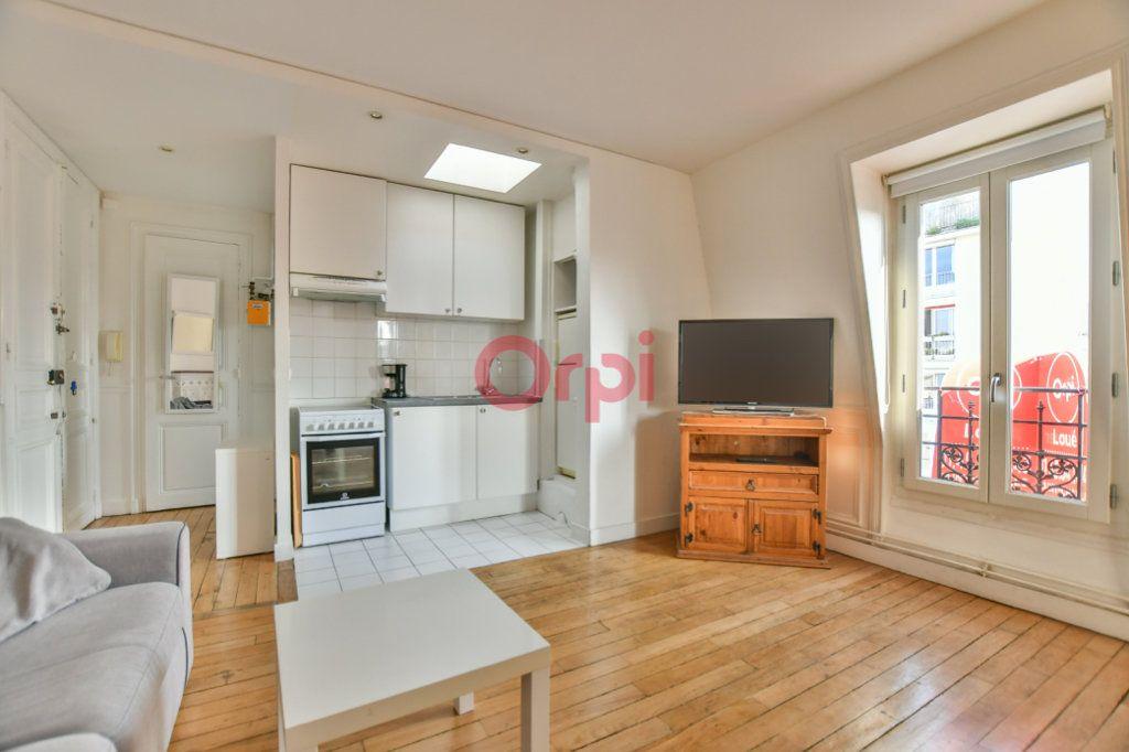 Appartement à louer 2 40m2 à Paris 15 vignette-1