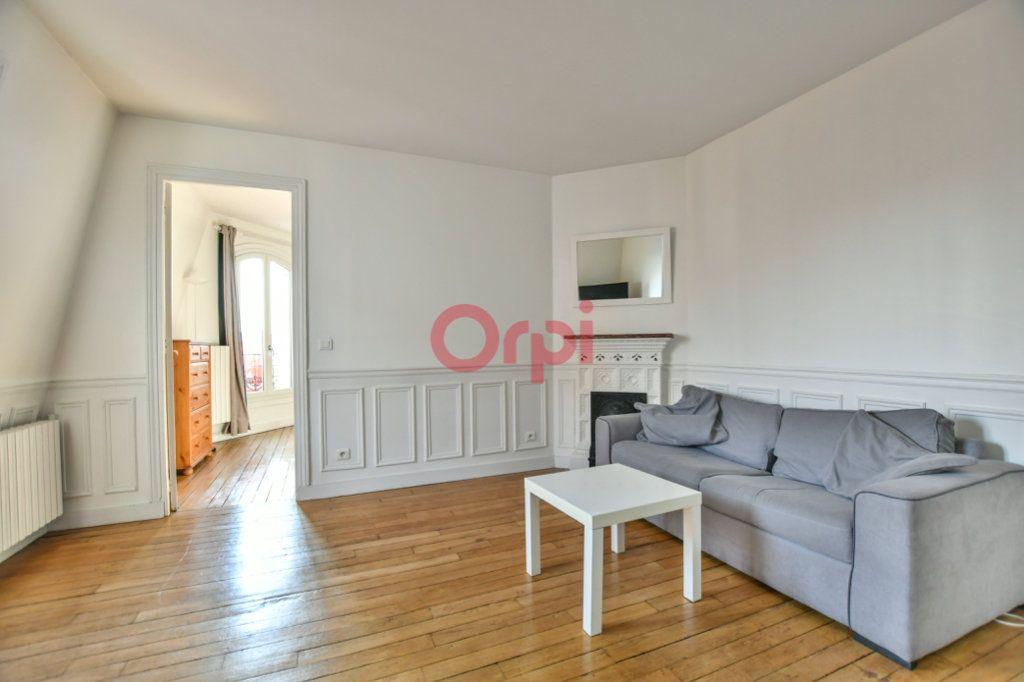 Appartement à louer 2 40m2 à Paris 15 vignette-4