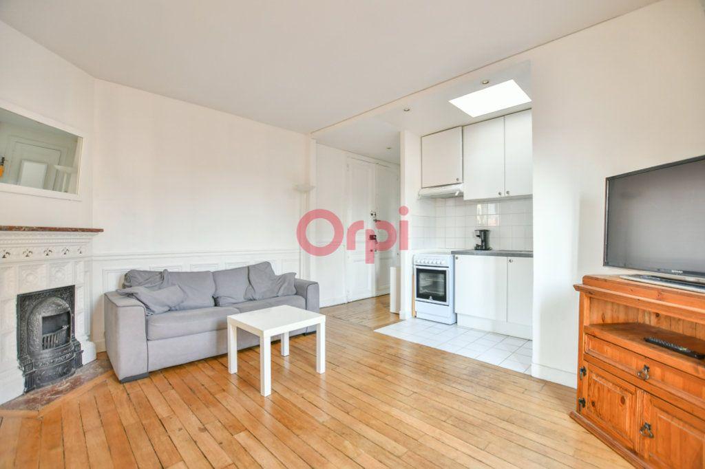 Appartement à louer 2 40m2 à Paris 15 vignette-5