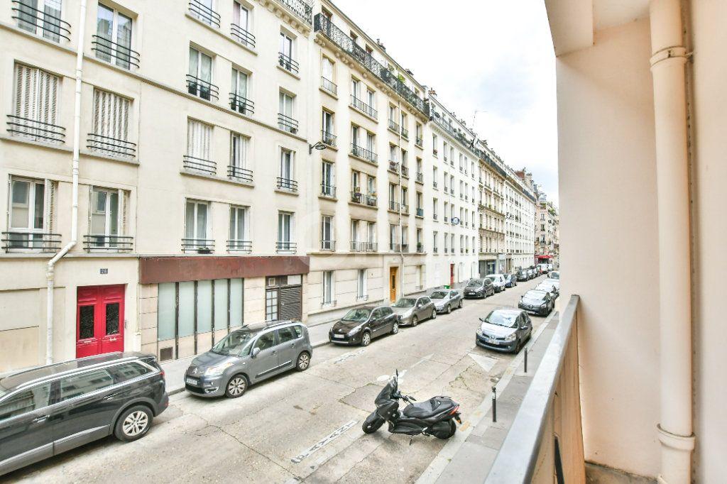 Appartement à louer 1 29m2 à Paris 15 vignette-9