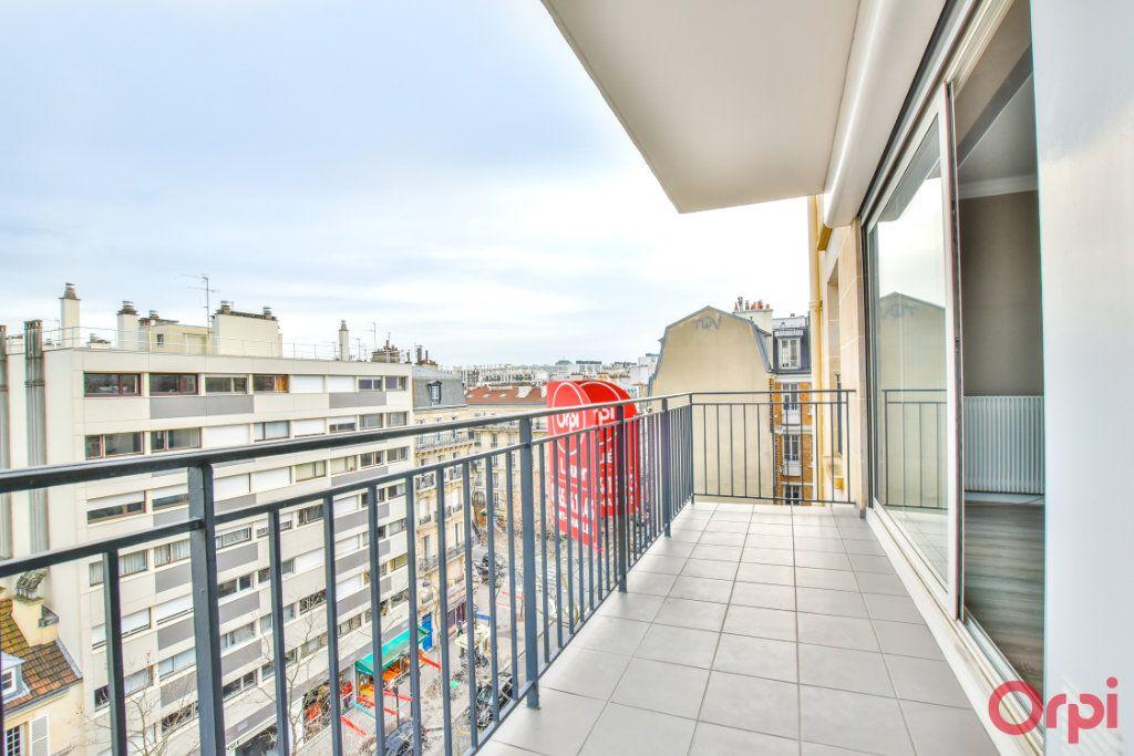Appartement à louer 1 35m2 à Paris 15 vignette-1