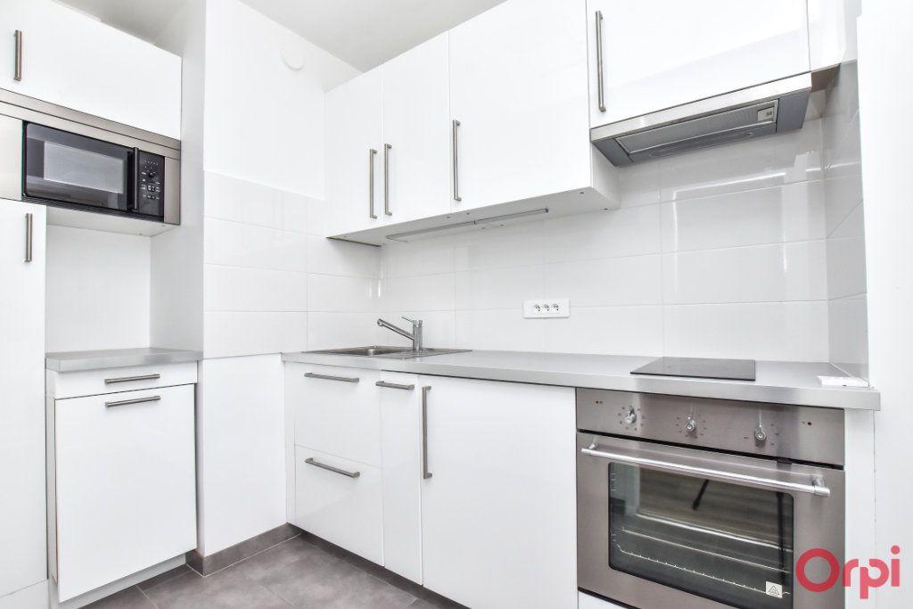 Appartement à louer 1 35m2 à Paris 15 vignette-4