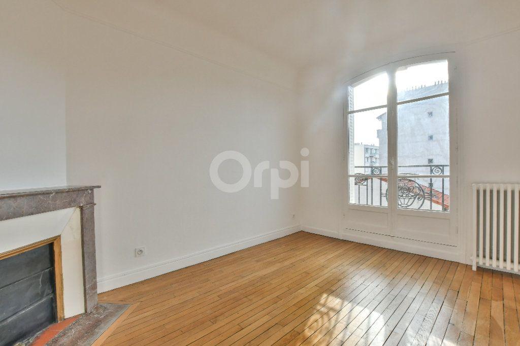 Appartement à louer 3 56m2 à La Garenne-Colombes vignette-1