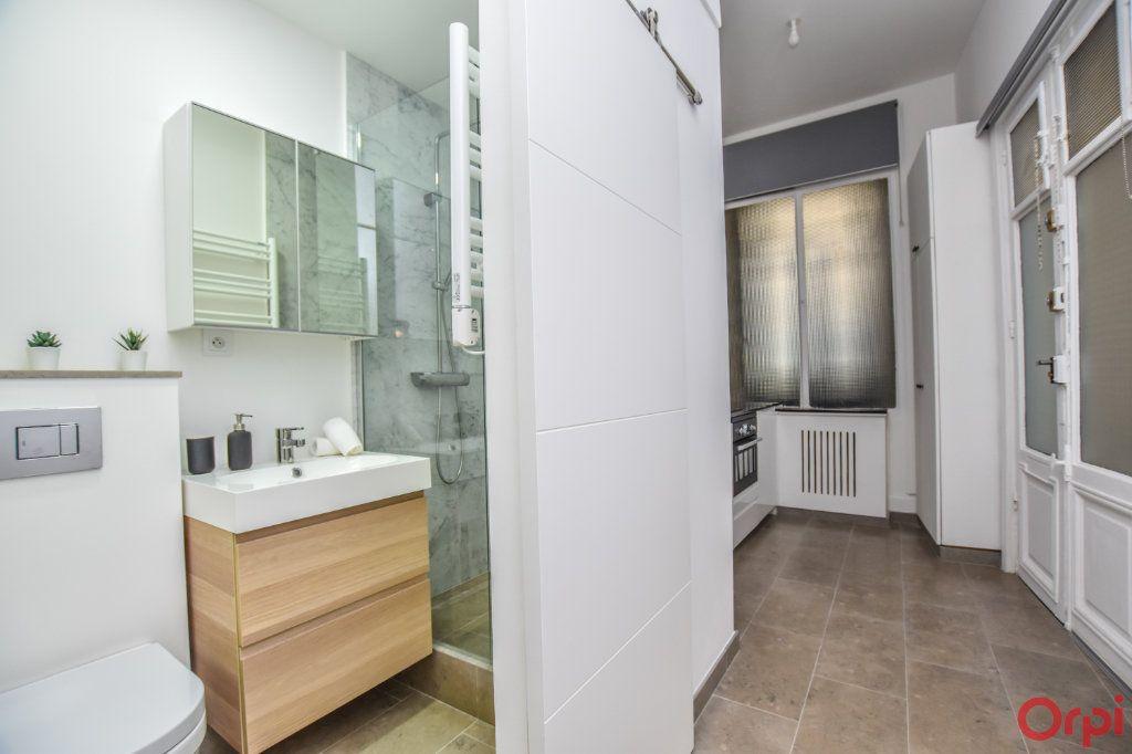 Appartement à louer 1 19m2 à Paris 7 vignette-3