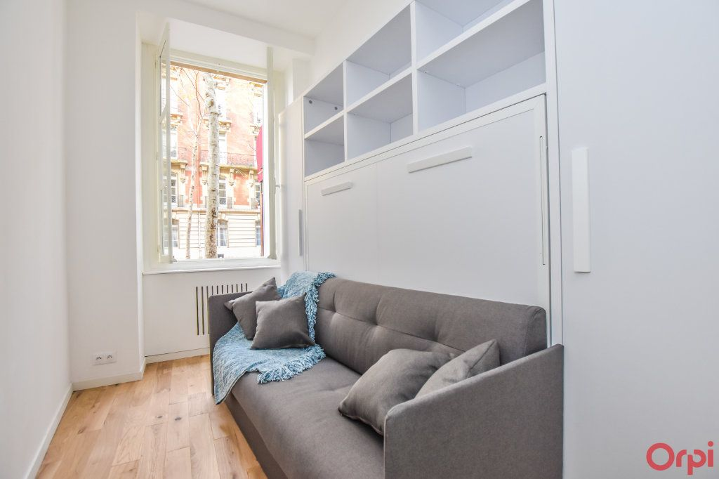 Appartement à louer 1 19m2 à Paris 7 vignette-9