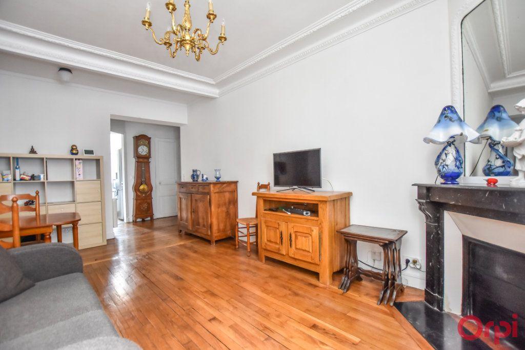 Appartement à vendre 2 48m2 à Paris 15 vignette-6