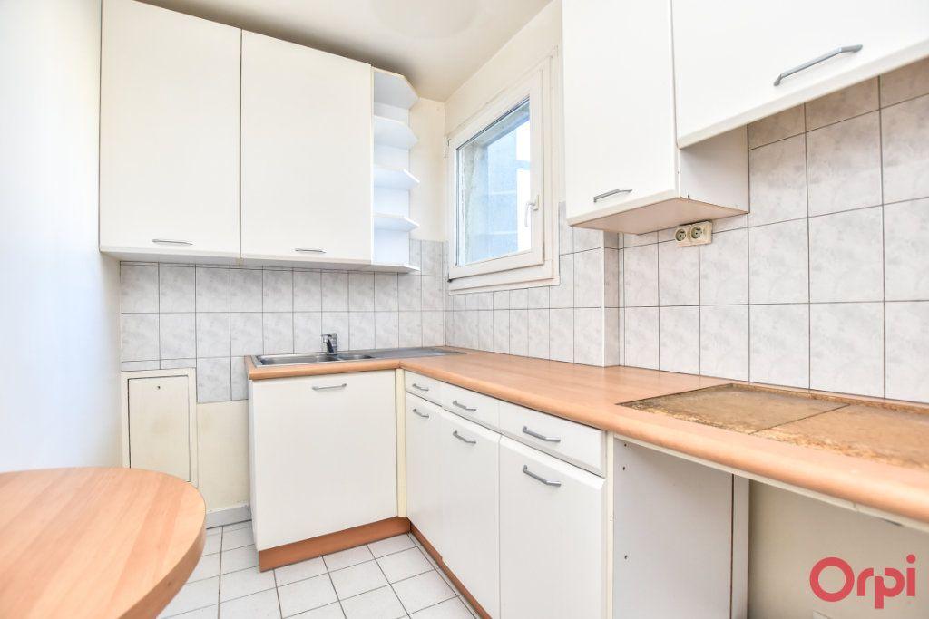 Appartement à vendre 2 56m2 à Paris 11 vignette-2