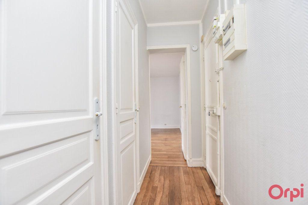 Appartement à louer 2 35m2 à Paris 15 vignette-6