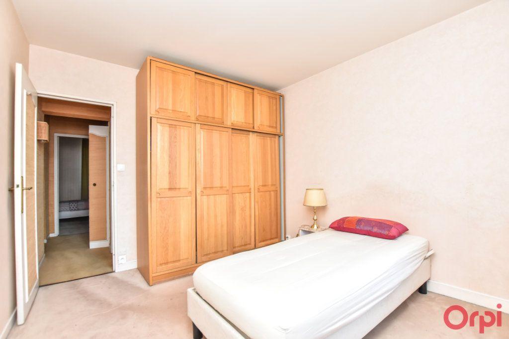 Appartement à vendre 4 79.25m2 à Paris 15 vignette-10