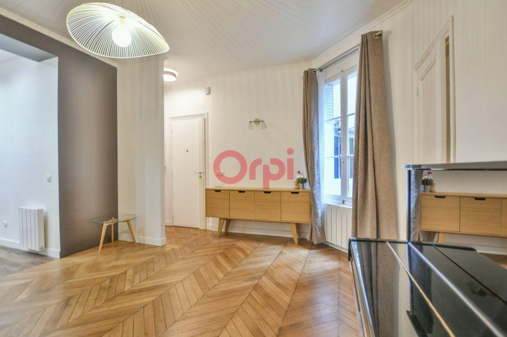 Appartement à vendre 2 42m2 à Paris 15 vignette-5