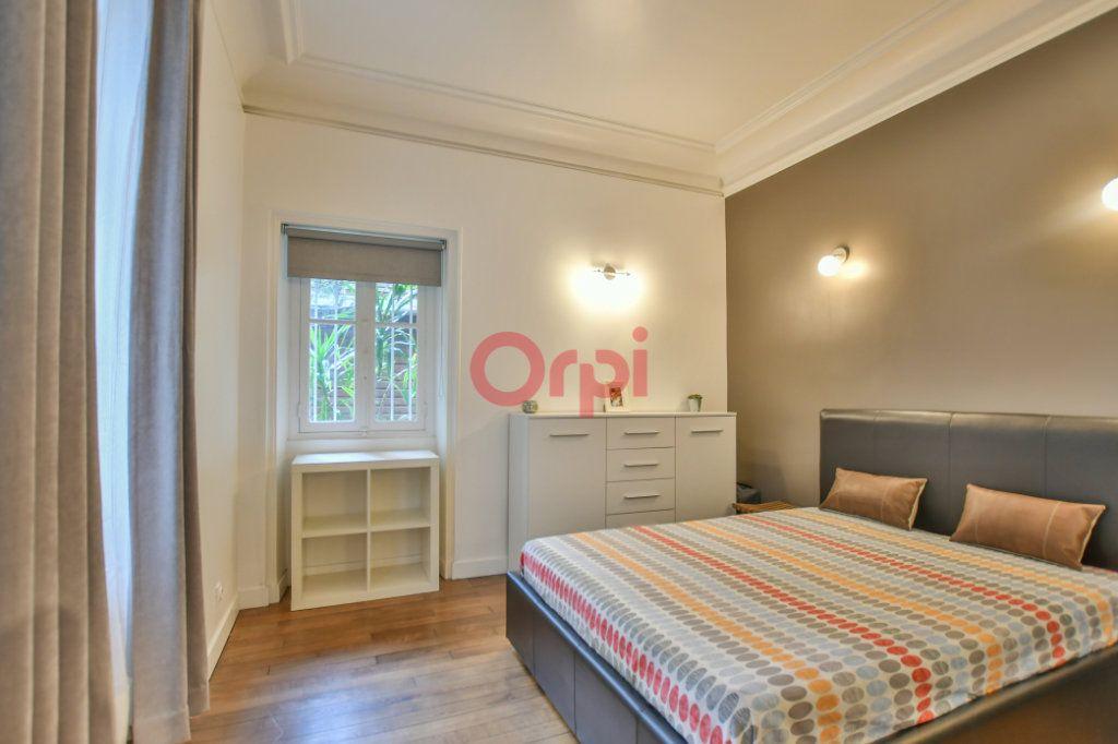 Appartement à vendre 2 42m2 à Paris 15 vignette-7