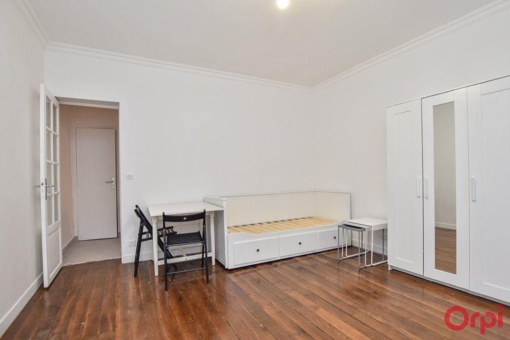 Appartement à louer 1 27m2 à Paris 15 vignette-2