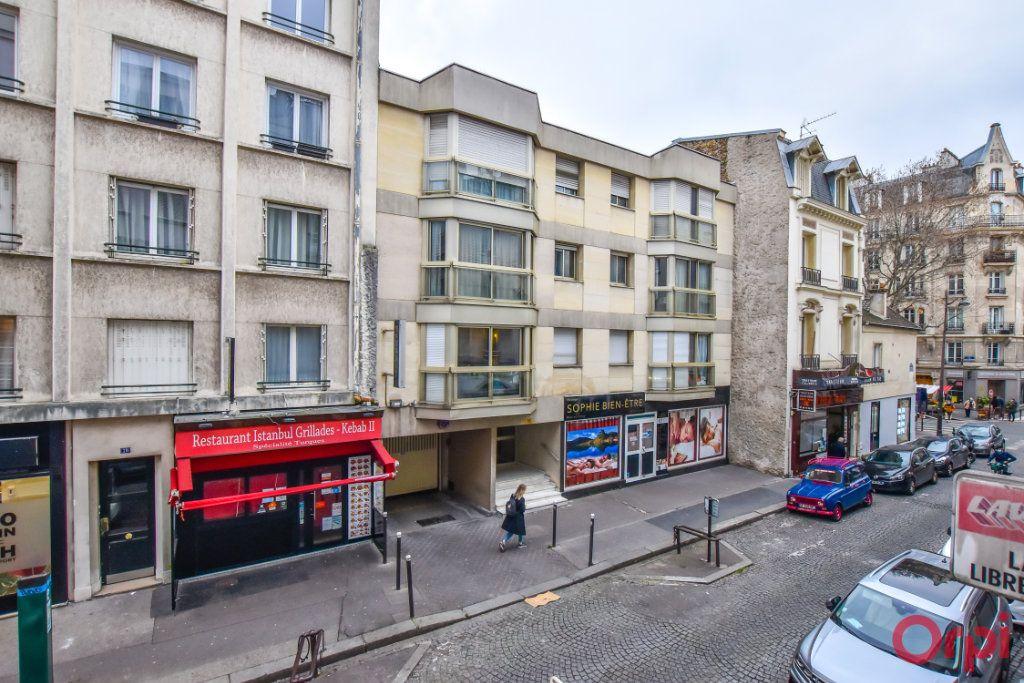 Appartement à louer 1 27m2 à Paris 15 vignette-6