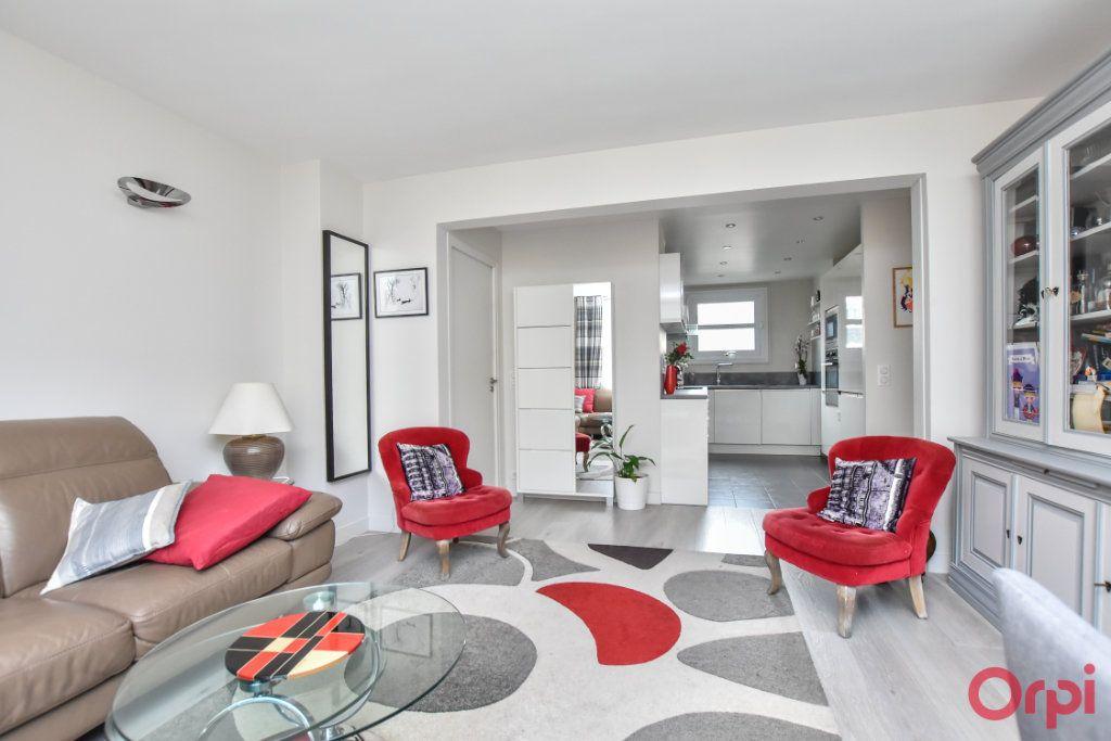 Appartement à vendre 3 62.55m2 à Paris 15 vignette-4