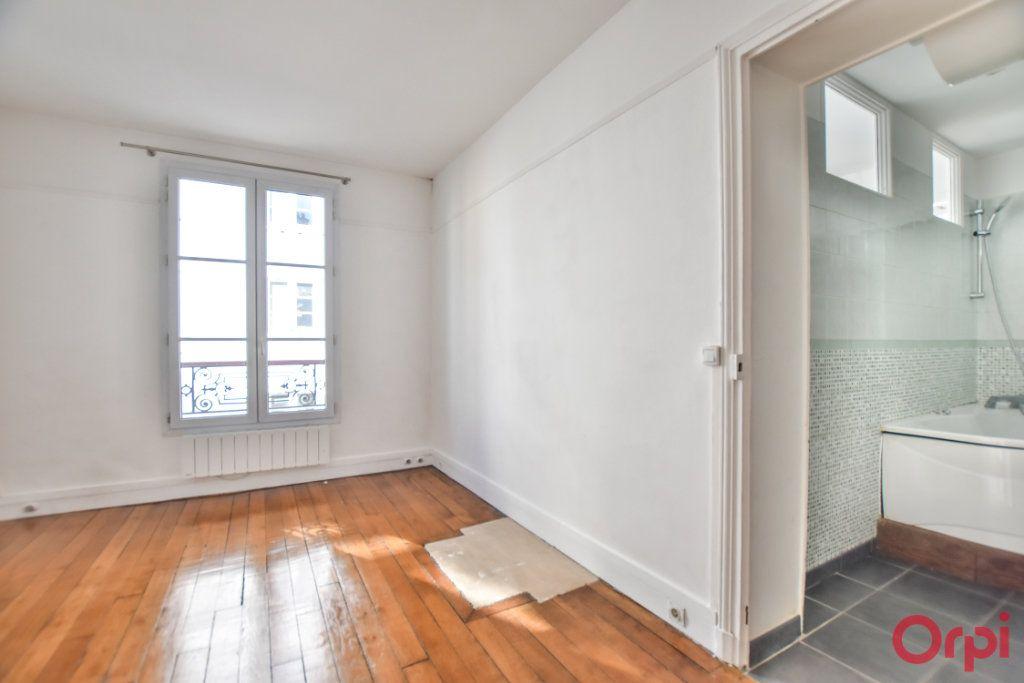 Appartement à louer 3 68m2 à Paris 15 vignette-4