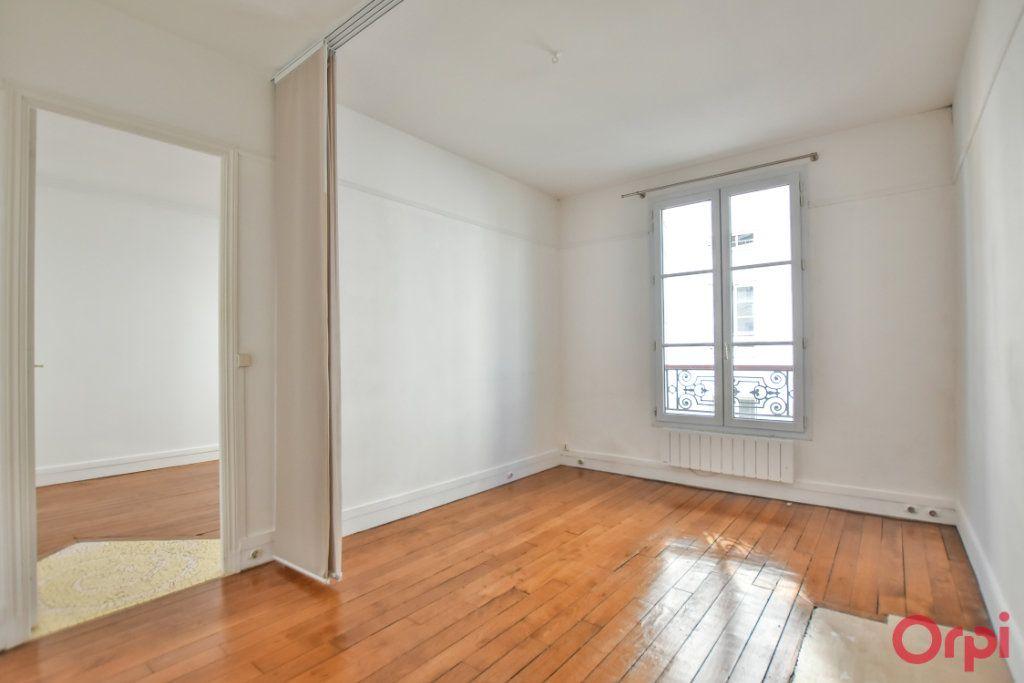 Appartement à louer 3 68m2 à Paris 15 vignette-10