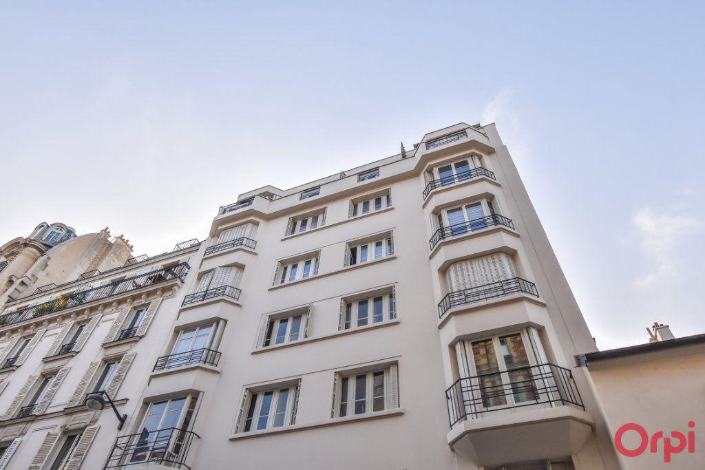 Appartement à louer 1 24m2 à Paris 17 vignette-7