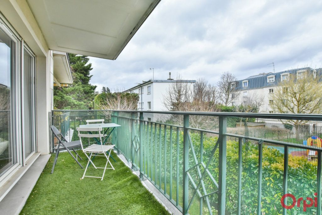 Appartement à louer 3 69m2 à Saint-Cloud vignette-13