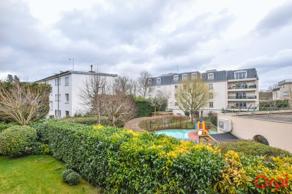 Appartement à louer 3 69m2 à Saint-Cloud vignette-14
