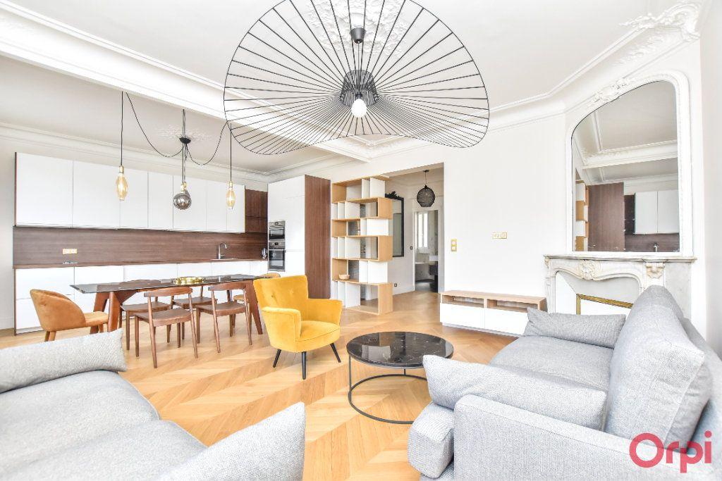 Appartement à louer 4 80m2 à Paris 8 vignette-1
