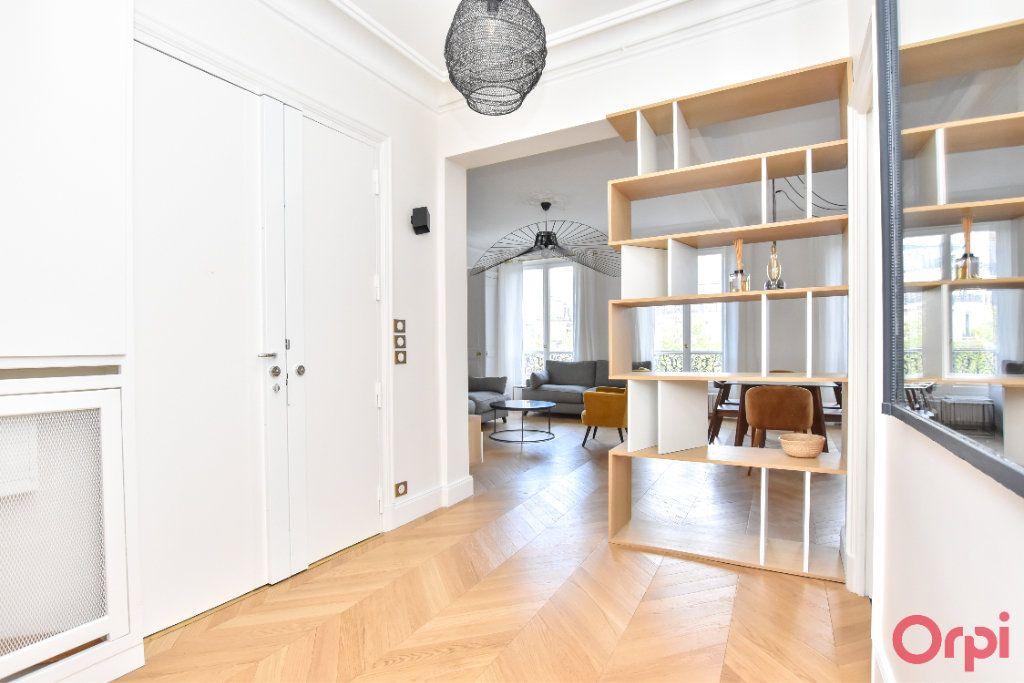 Appartement à louer 4 80m2 à Paris 8 vignette-3