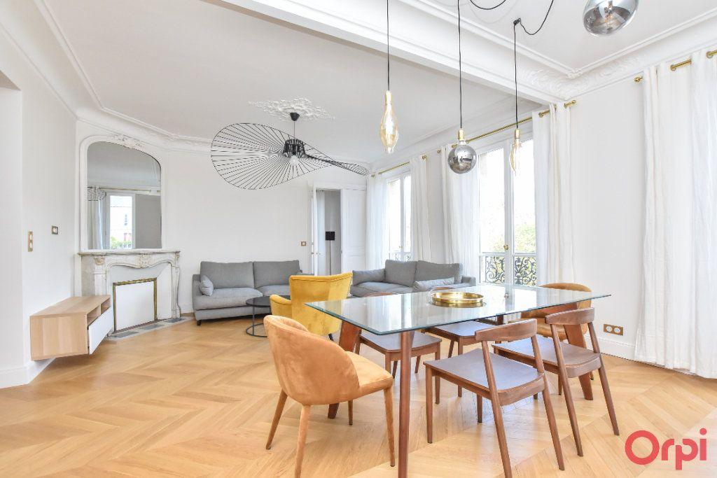 Appartement à louer 4 80m2 à Paris 8 vignette-7