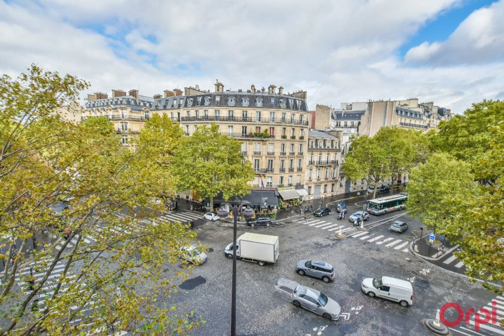Appartement à louer 4 80m2 à Paris 8 vignette-14