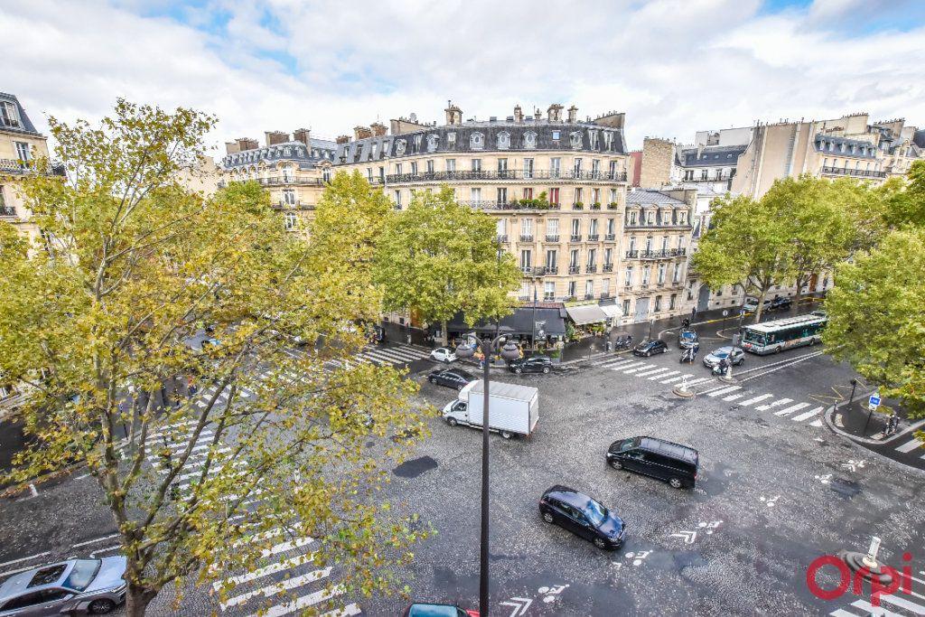 Appartement à louer 4 80m2 à Paris 8 vignette-16