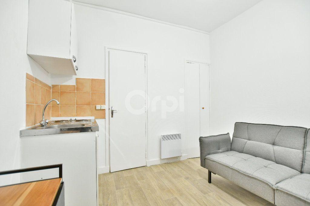 Appartement à louer 1 12m2 à Paris 15 vignette-3