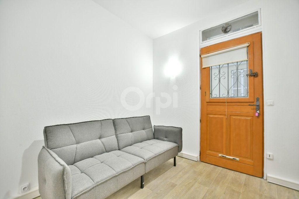 Appartement à louer 1 12m2 à Paris 15 vignette-7