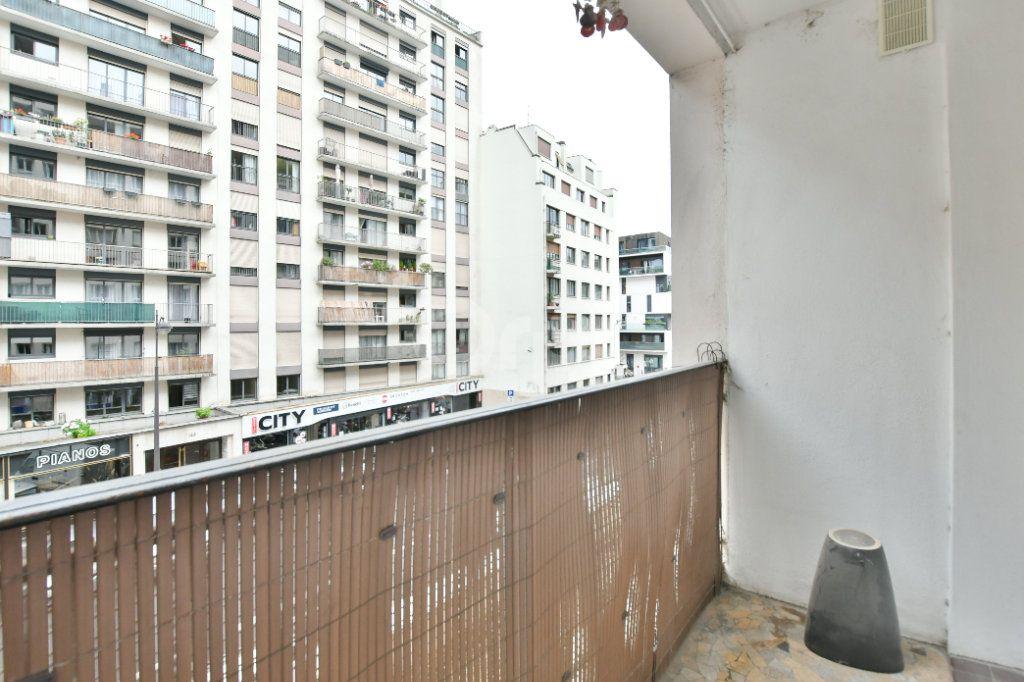 Appartement à louer 2 52m2 à Paris 15 vignette-12