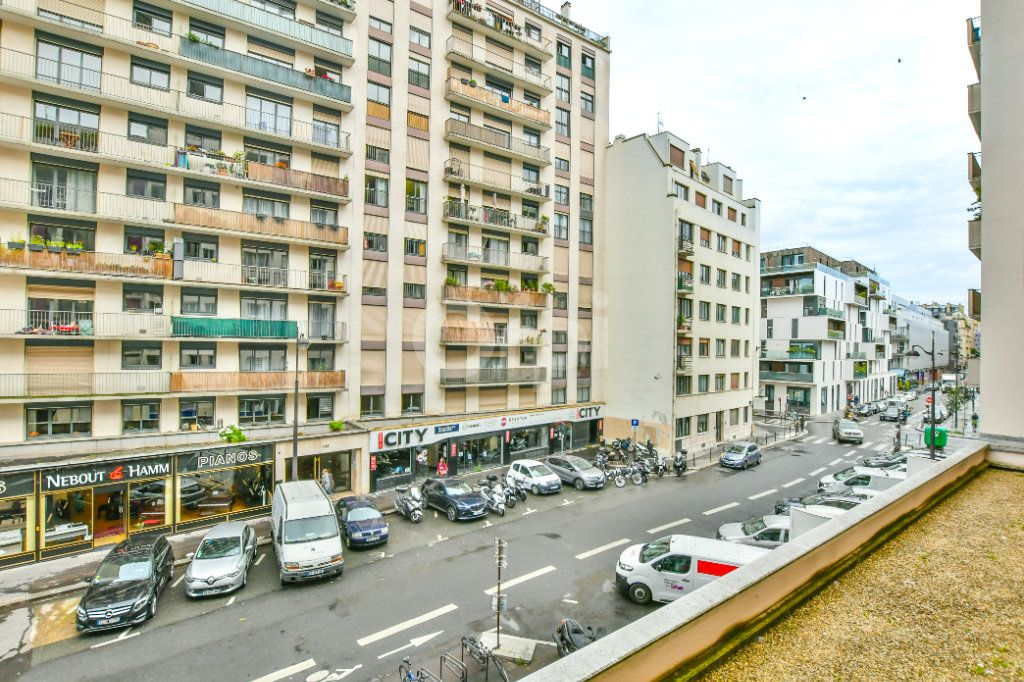 Appartement à louer 2 52m2 à Paris 15 vignette-13