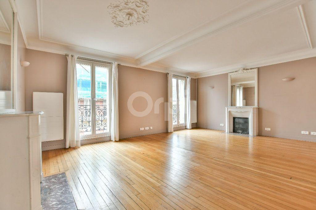 Appartement à louer 5 150m2 à Paris 15 vignette-1