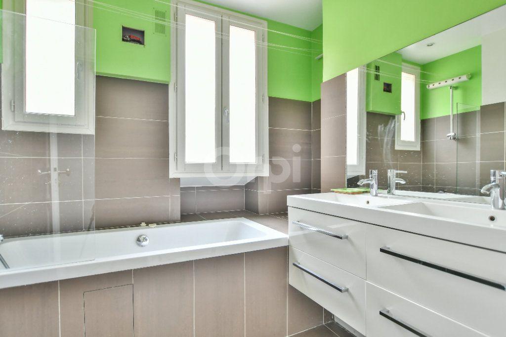 Appartement à louer 5 150m2 à Paris 15 vignette-5