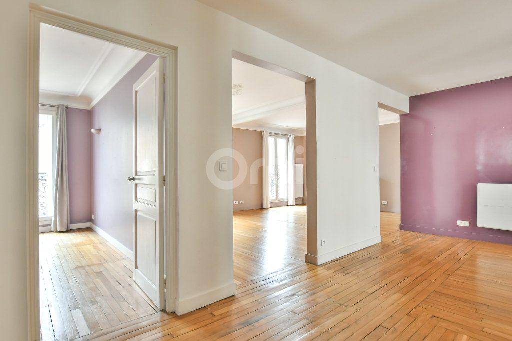Appartement à louer 5 150m2 à Paris 15 vignette-7