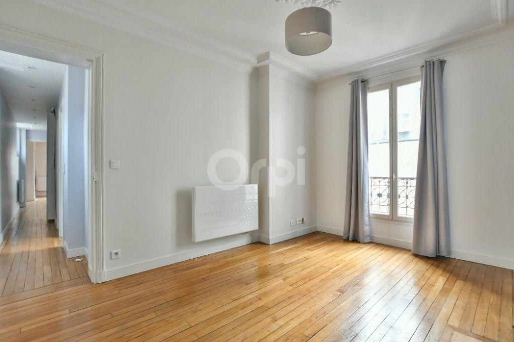 Appartement à louer 5 150m2 à Paris 15 vignette-13